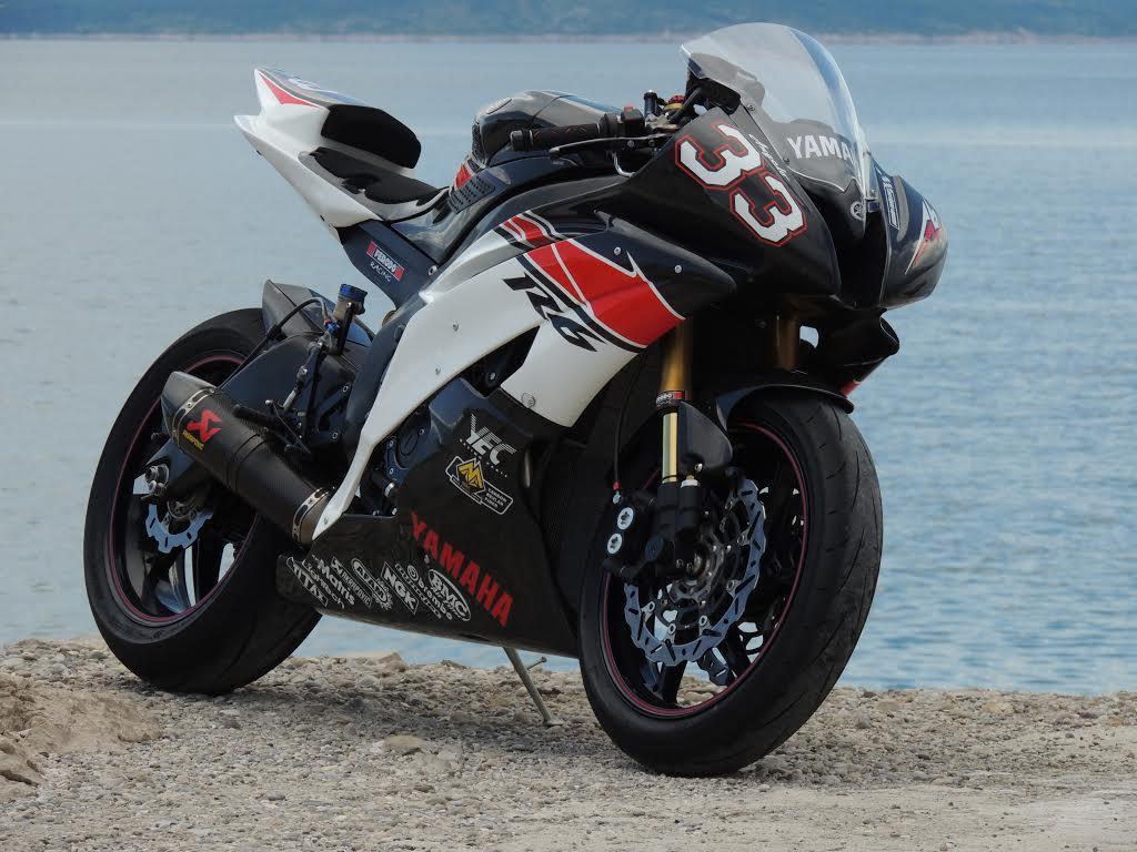 Yamaha R6 33