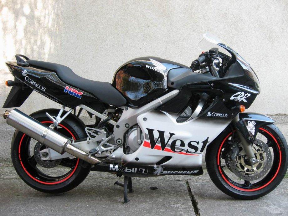 Honda CBR 600F West